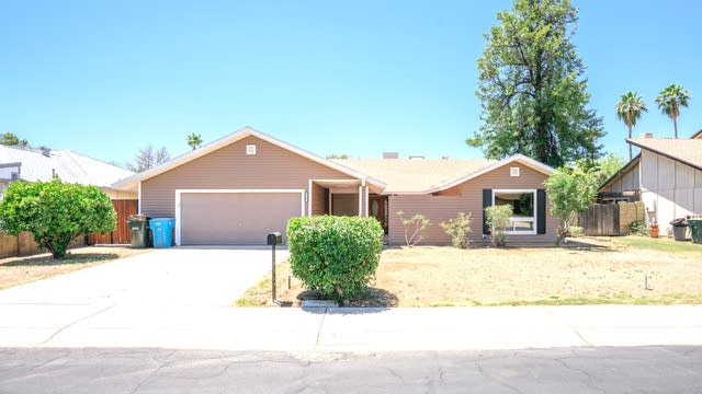 Photo 1 of 27 - 4165 W Gelding Dr, Phoenix, AZ 85053