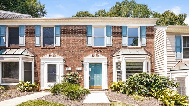 Photo 1 of 24 - 292 Beechtree Dr, Cary, NC 27513