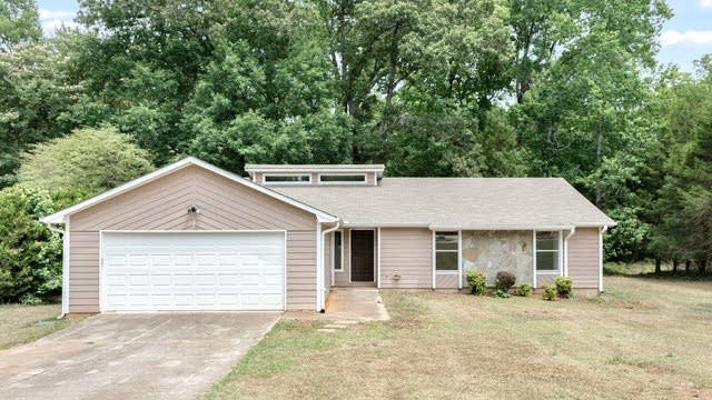 Photo 1 of 17 - 11227 Hemlock Rd, Hampton, GA 30228