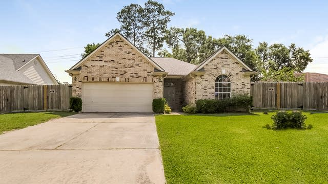 Photo 1 of 24 - 17006 Port O Call St, Crosby, TX 77532