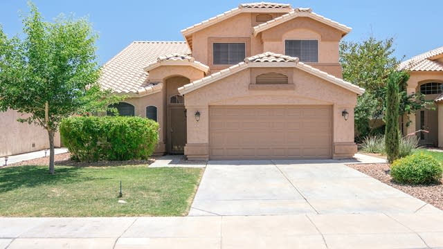 Photo 1 of 21 - 9829 W Runion Dr, Peoria, AZ 85382