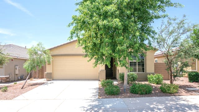 Photo 1 of 20 - 1838 N 212th Ln, Buckeye, AZ 85396