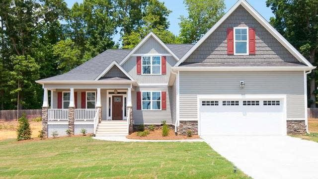 Photo 1 of 25 - 300 Paddy Ln, Youngsville, NC 27596