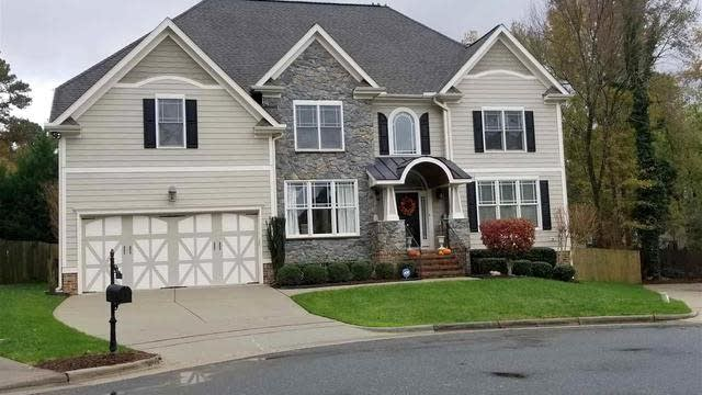 Photo 1 of 25 - 7223 Newport Ave, Raleigh, NC 27613