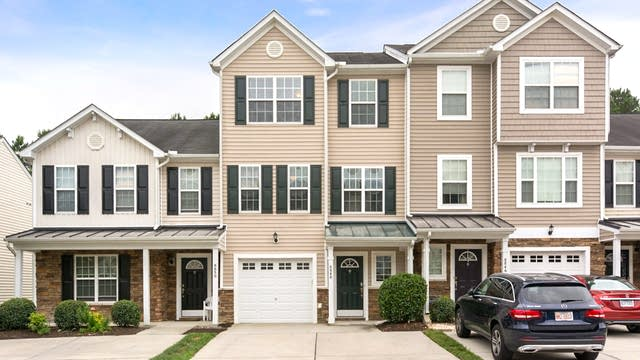 Photo 1 of 18 - 8848 Thornton Town Pl, Raleigh, NC 27616
