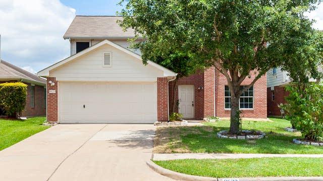 Photo 1 of 17 - 9623 Tree Sparrow Ln, Houston, TX 77083