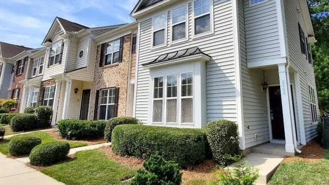 Photo 1 of 27 - 8488 Central Dr, Raleigh, NC 27613