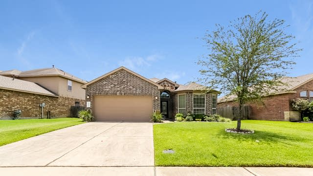 Photo 1 of 25 - 22535 Stillwater Valley Ln, Porter, TX 77365