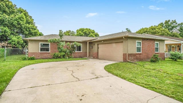 Photo 1 of 20 - 2433 Sable Dr, Kissimmee, FL 34744
