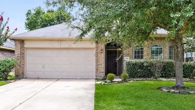 Photo 1 of 25 - 24607 Spring Harbor Dr, Spring, TX 77373