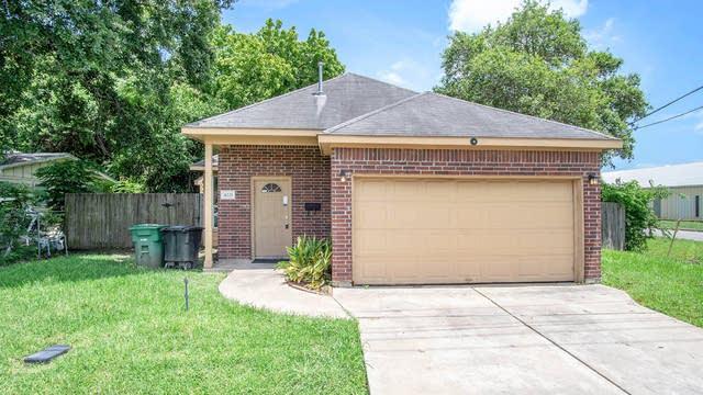Photo 1 of 12 - 4221 Maggie St, Houston, TX 77051
