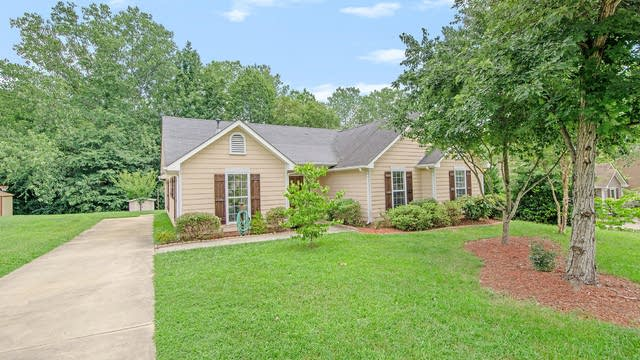 Photo 1 of 15 - 10612 Spruce Mountain Rd, Charlotte, NC 28214