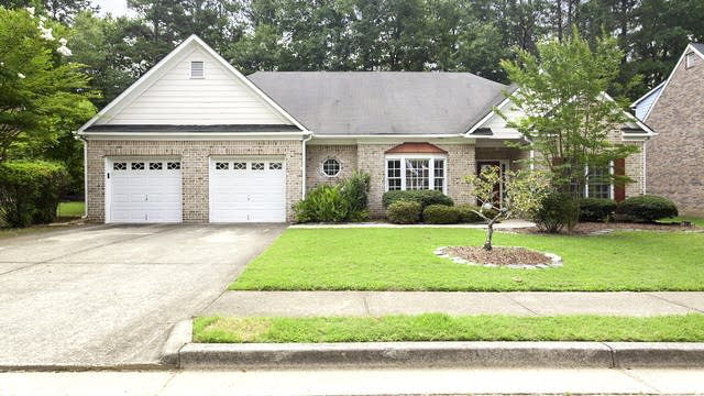 Photo 1 of 22 - 3065 Kings Dr NW, Kennesaw, GA 30144