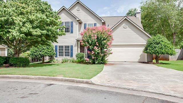 Photo 1 of 18 - 1904 Newpark Ct NW, Acworth, GA 30101