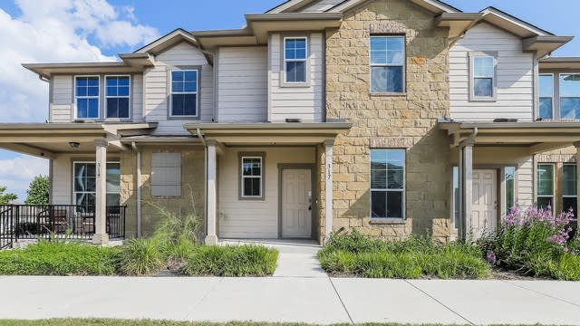 Photo 1 of 25 - 317 Crater Lake Dr, Pflugerville, TX 78660