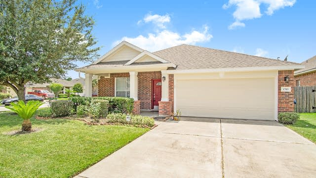 Photo 1 of 17 - 1703 Sonoma Trail Dr, Houston, TX 77049