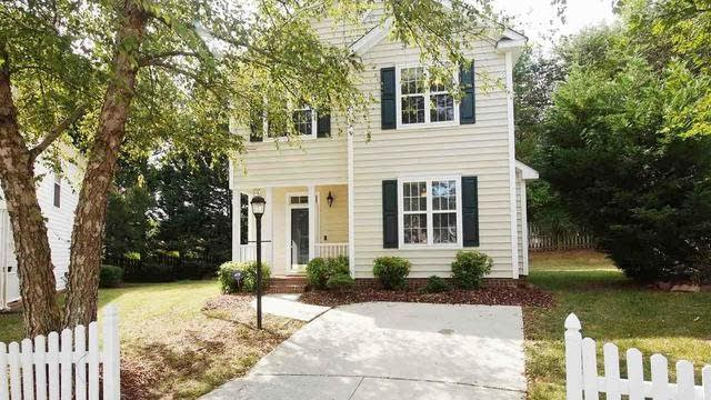 Photo 1 of 27 - 4800 Morning Edge Dr, Raleigh, NC 27613