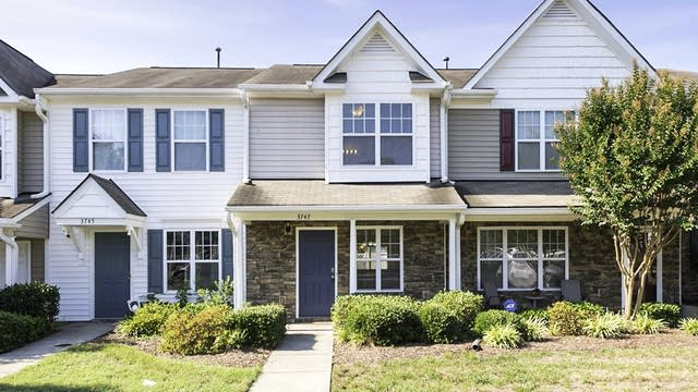 Photo 1 of 15 - 3747 Bison Hill Ln, Raleigh, NC 27604
