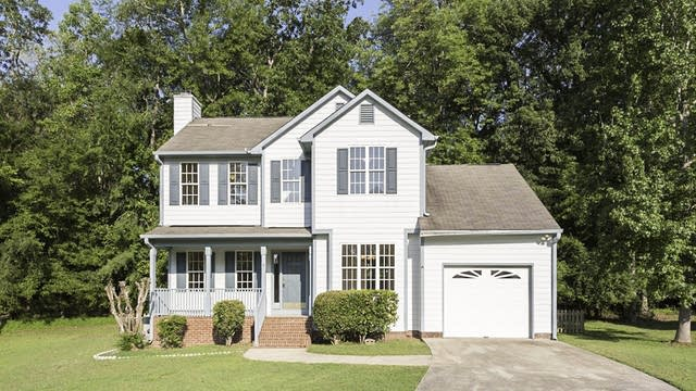 Photo 1 of 21 - 5 Neptune Ct, Durham, NC 27712