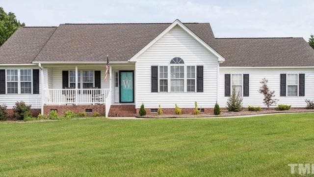 Photo 1 of 30 - 25 Raybon Pl, Youngsville, NC 27596