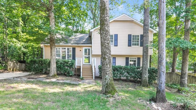 Photo 1 of 19 - 502 E Dynasty Dr, Cary, NC 27513