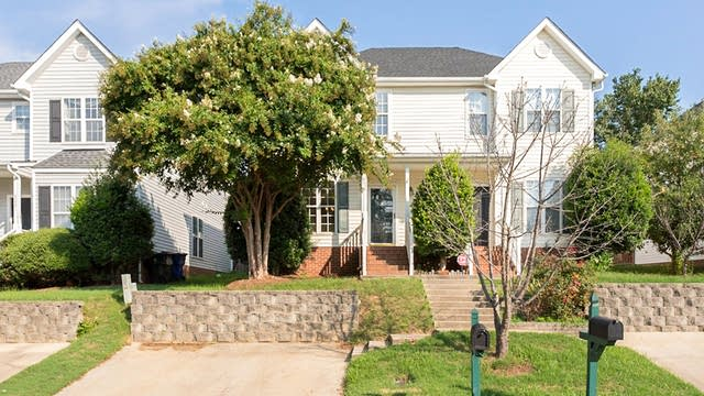 Photo 1 of 16 - 2025 Turtle Point Dr, Raleigh, NC 27604