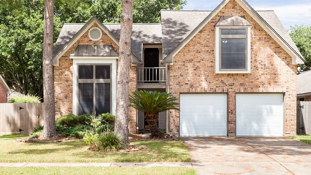Photo 1 of 21 - 16014 Country Bend Rd, Houston, TX 77095