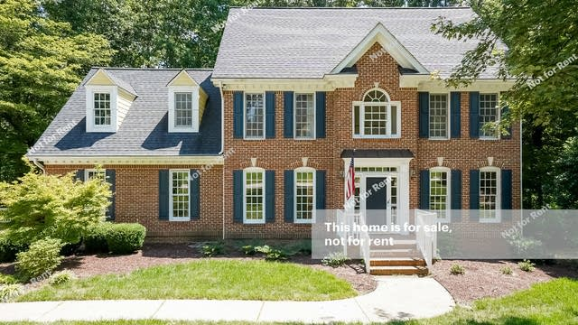 Photo 1 of 26 - 4821 Salem Ridge Rd, Holly Springs, NC 27540