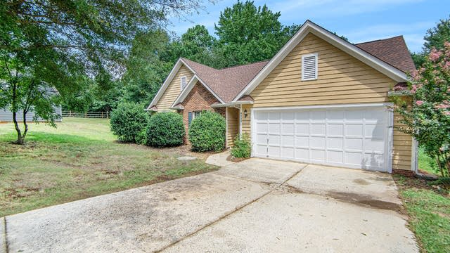 Photo 1 of 15 - 9225 Merlot Ln, Charlotte, NC 28269