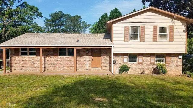 Photo 1 of 10 - 363 Lady Guinevere Way, Jonesboro, GA 30236