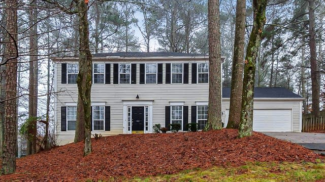 Photo 1 of 27 - 1267 Parkwood Chase NW, Acworth, GA 30102