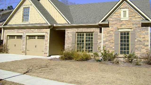 Photo 1 of 9 - 1707 Willoughby Dr, Buford, GA 30519