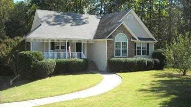 Photo 1 of 6 - 4313 Grey Park Dr, Buford, GA 30519