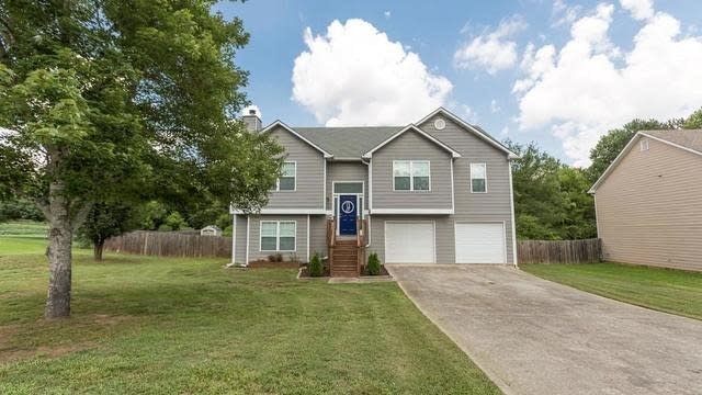 Photo 1 of 32 - 3301 Windgate Dr, Buford, GA 30519