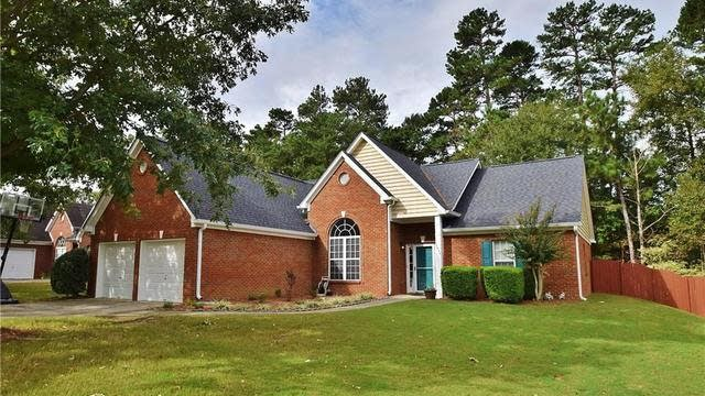 Photo 1 of 39 - 3454 Cast Bend Way, Buford, GA 30519