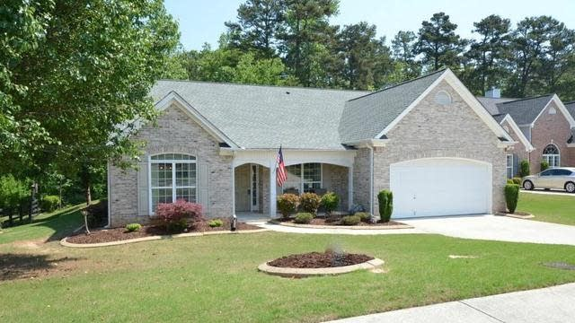 Photo 1 of 25 - 3472 Stoneleigh Run Dr, Buford, GA 30519