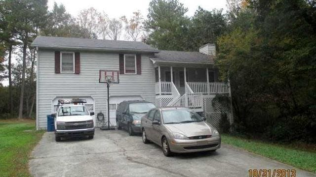 Photo 1 of 2 - 2671 Bluffton Rd, Buford, GA 30519
