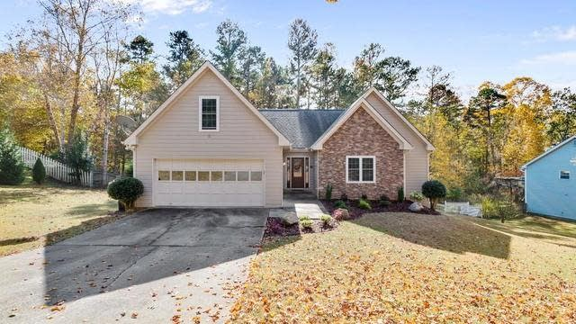 Photo 1 of 40 - 3890 Byrnwycke Dr, Buford, GA 30519