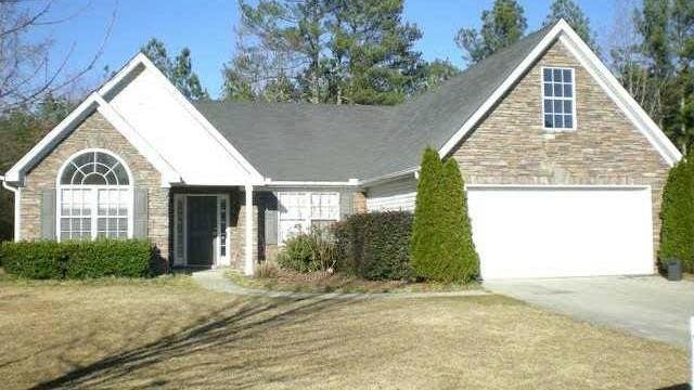 Photo 1 of 12 - 3832 Justin Heath Ct, Buford, GA 30519
