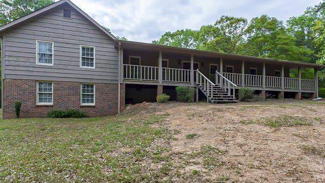 Photo 1 of 36 - 3090 Eastland Way, Snellville, GA 30078