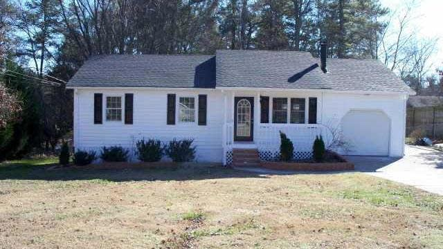 Photo 1 of 8 - 1555 Rock Springs Rd, Buford, GA 30519
