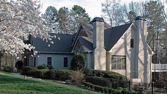 Photo 1 of 21 - 3440 Thompson Mill Rd, Buford, GA 30519