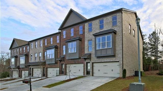 Photo 1 of 21 - 1165 Laurel Valley Ct, Buford, GA 30519