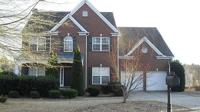 Photo 1 of 20 - 3760 Devenwood Way, Buford, GA 30519