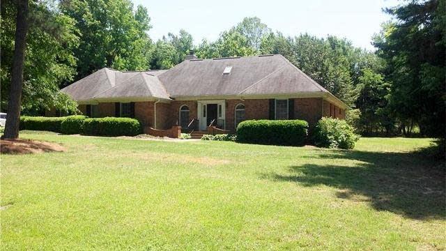 Photo 1 of 25 - 3517 Samantha Dr, Buford, GA 30519