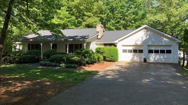 Photo 1 of 36 - 4880 Spout Springs Rd, Buford, GA 30519