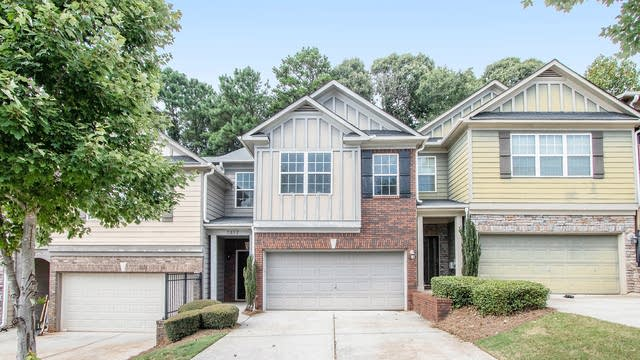 Photo 1 of 17 - 3852 Augustine Pl, Rex, GA 30273