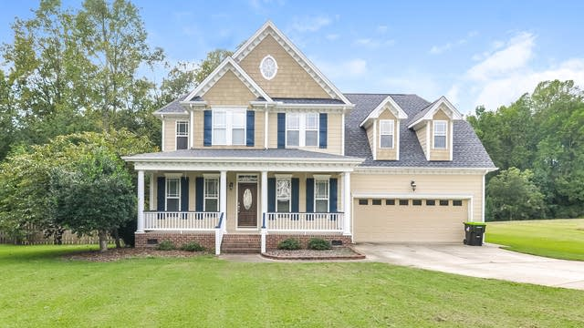 Photo 1 of 25 - 7212 Trevorwood Dr, Willow Spring, NC 27592