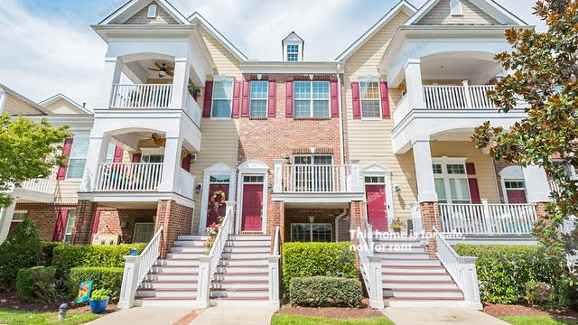 Photo 1 of 15 - 9221 Calabria Dr #104, Raleigh, NC 27617