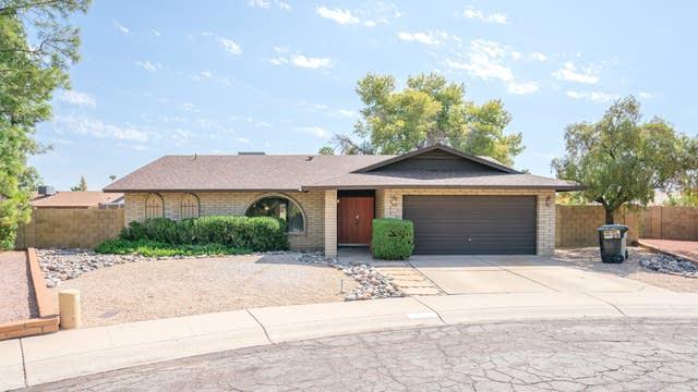 Photo 1 of 27 - 9047 N 49th Dr, Glendale, AZ 85302